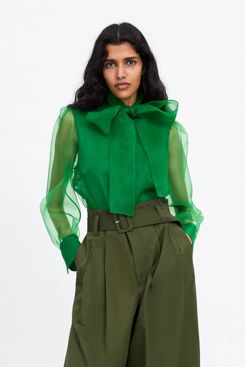 add47715d3cccc So many people are wearing this Zara blouse on Instagram right now ...