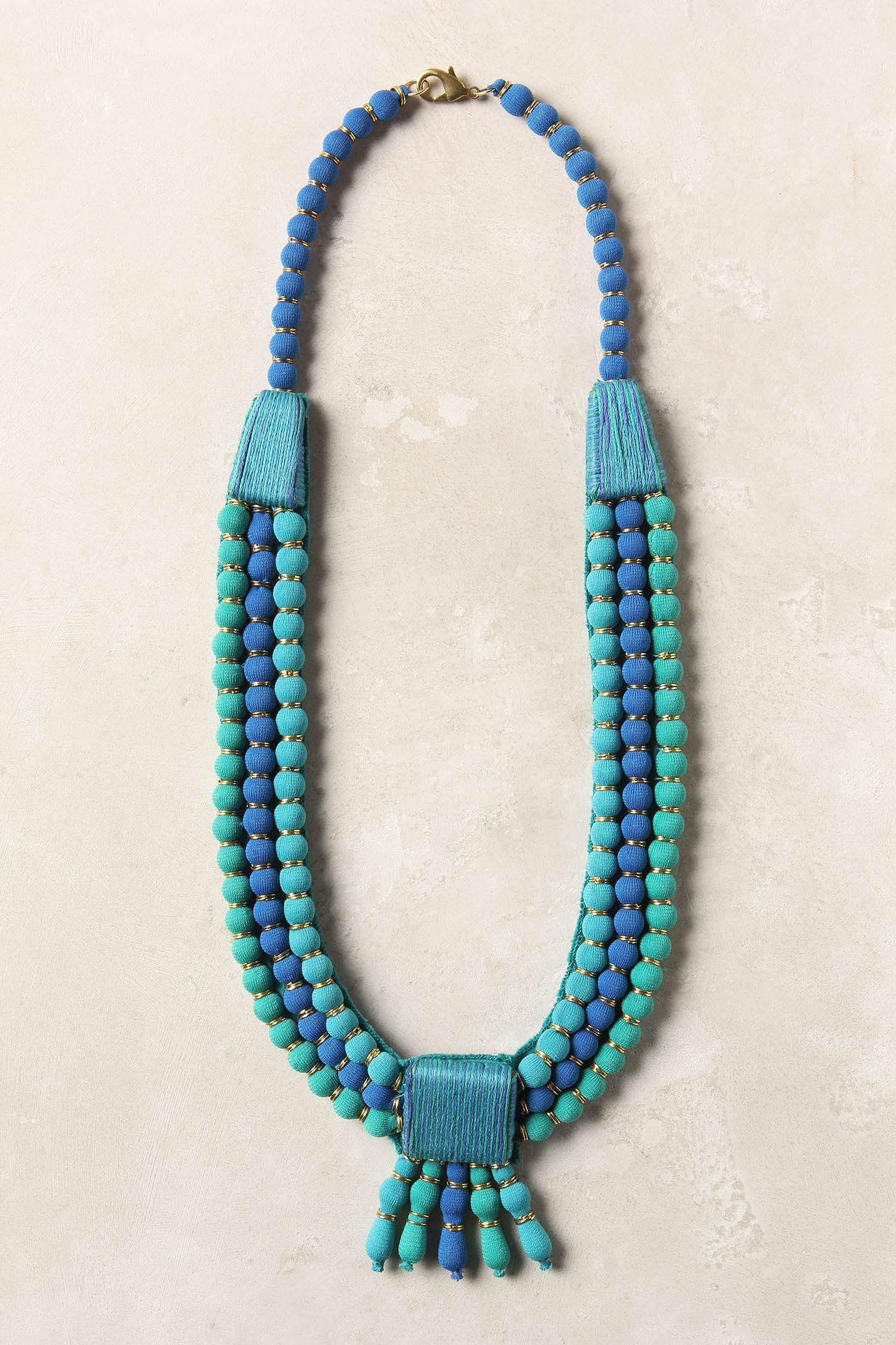 these color rock!    I have beads like this and I think I'll try to make necklace close to this design.....