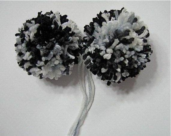 Black Pom Poms Yarn Pom Poms