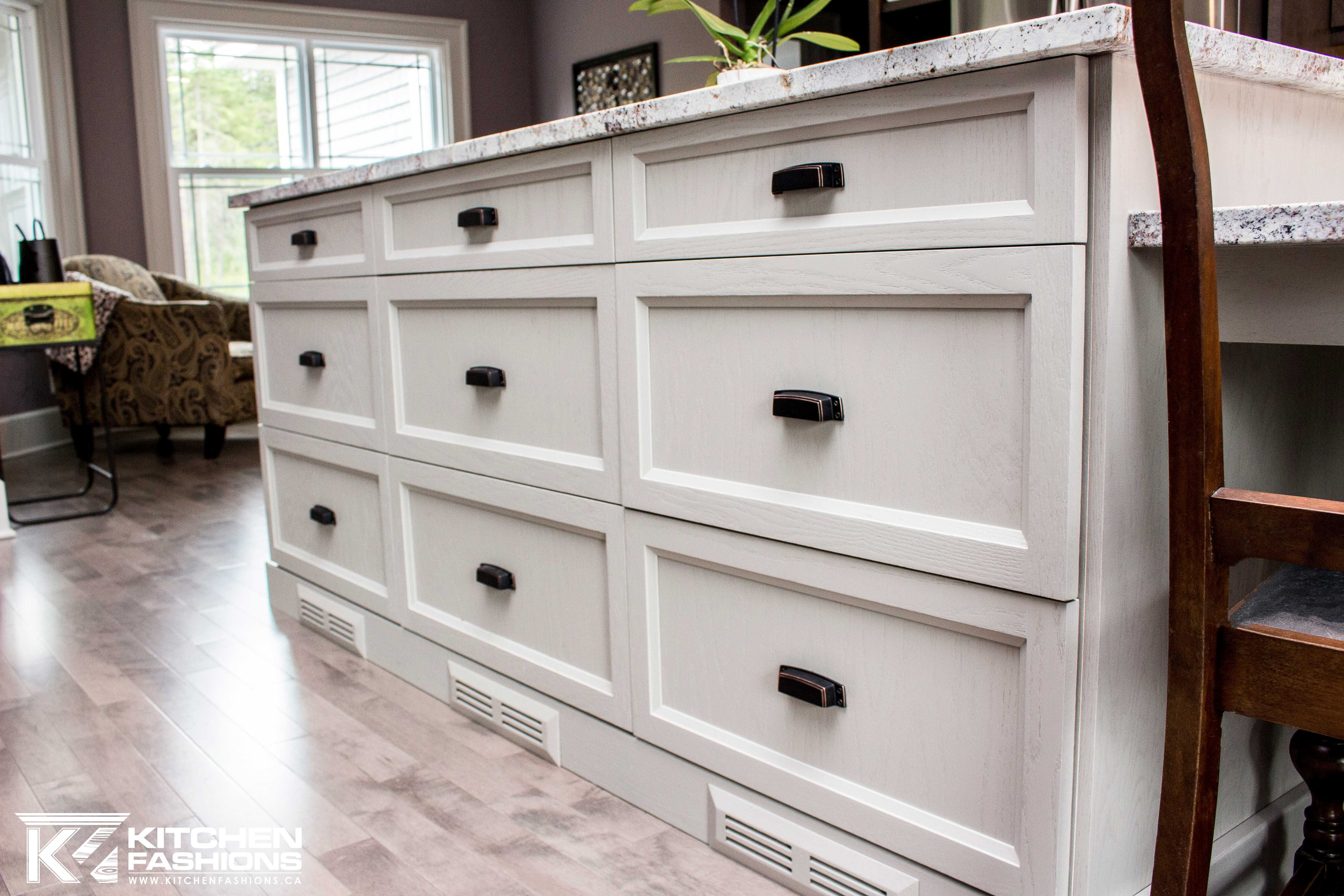 black cup pull hardware on pot and pan drawers | Hardware ...