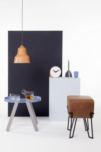Vergeten ambacht herleeft in lederen hanglamp van Puik Art. Meer ideeen voor het inrichten van je huis en wooninspiratie op mijn interieurblog  http://www.interieurinspiratie.nl/