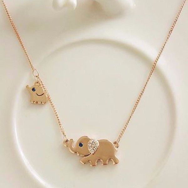 Cute Elephant Family Stroll Necklace. ★★★ Free Shipping ★★★ Item Type: NecklacesFine or Fashion: FashionPendant Size: 2cm*1cmStyle: TrendyNecklace Type: Pendant NecklacesGender: WomenChain Type: Link ChainLength: 40cm+5cmShape\pattern: Animal