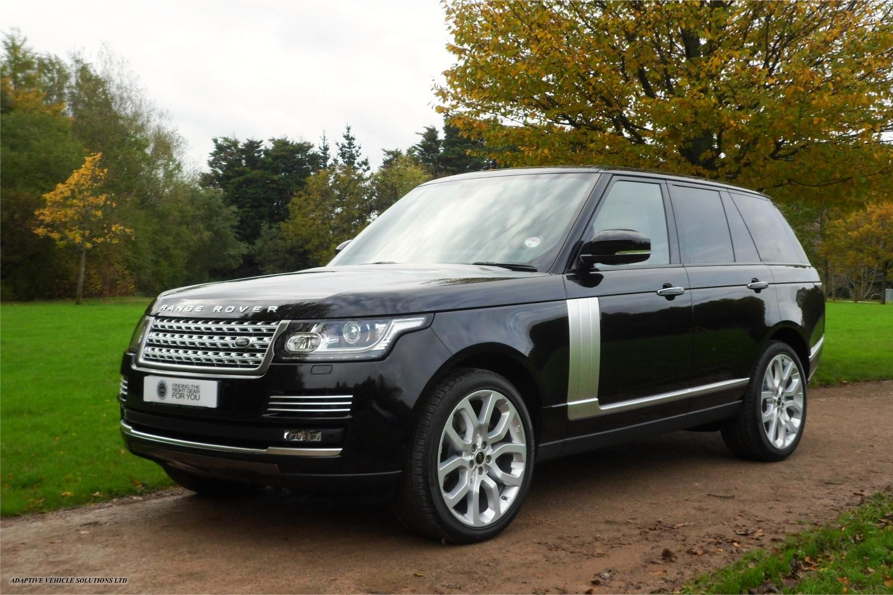 pin by alberto pina on range rover range rover luxury. Black Bedroom Furniture Sets. Home Design Ideas