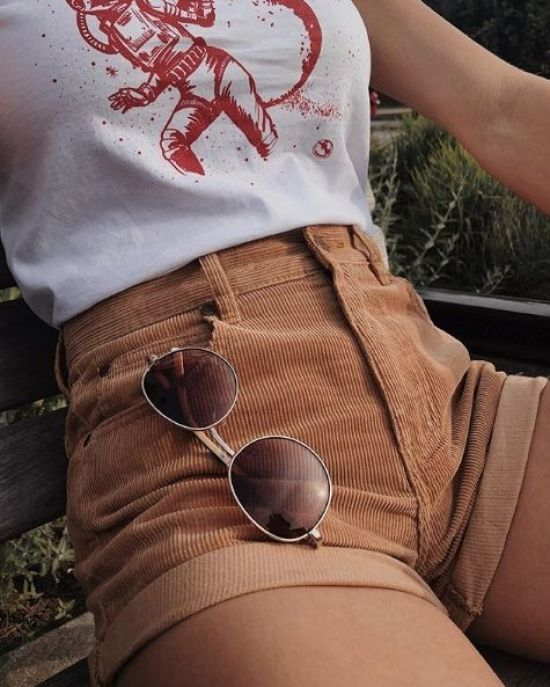 Fashionable Shorts To Wear This Summer - Society19