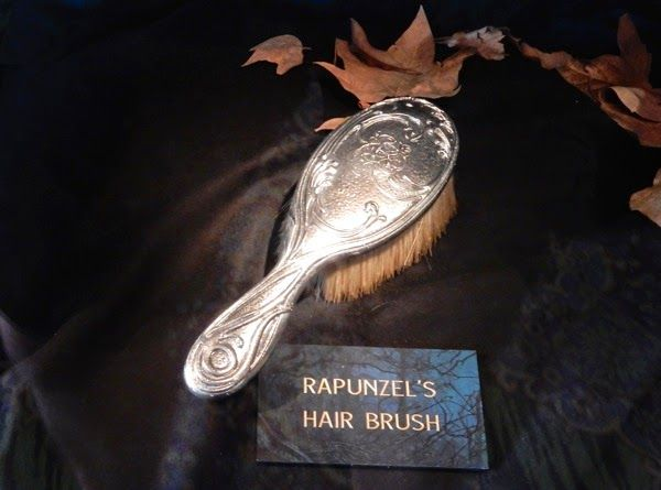 Into The Woods Rapunzel Hair Brush Prop Rapunzel Hair Rapunzel Hair Movie