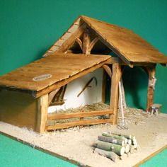 Cr che de no l artisanale en bois gabrielle cr ches pinterest cr che de noel cr che et - Comment fabriquer une creche de noel ...