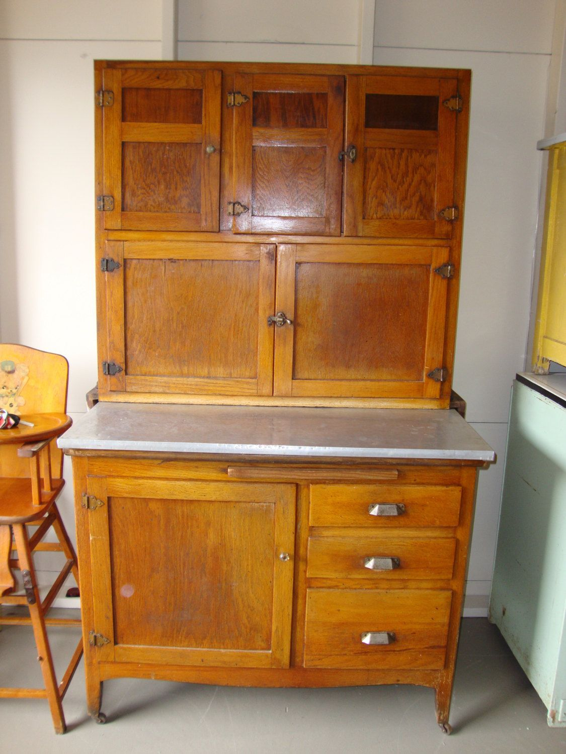 1930 S Wooden Hoosier Type Kitchen Cabinet Zinc Top