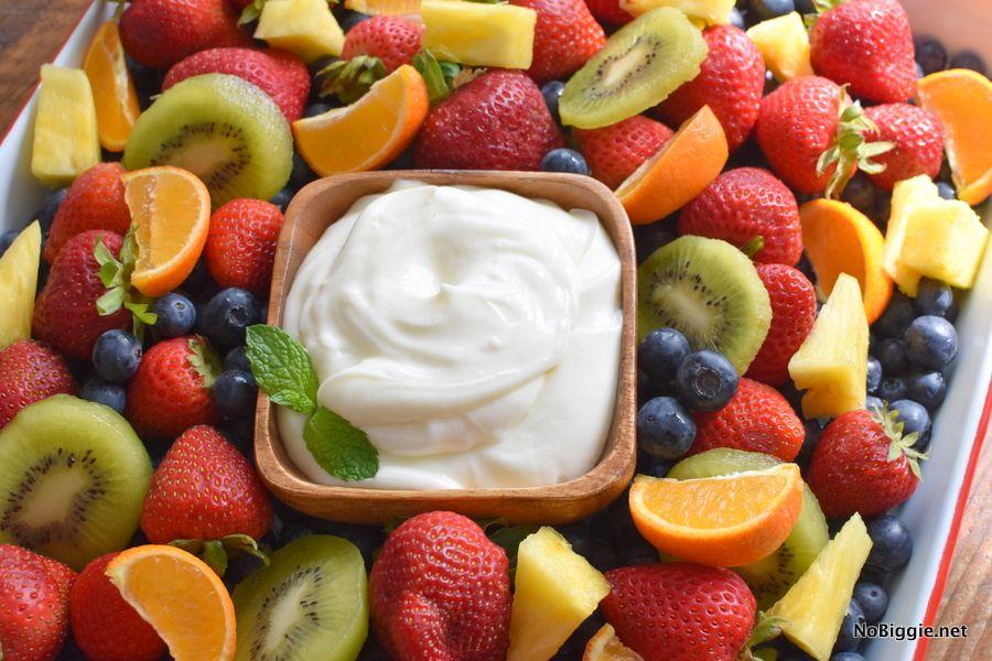 Sour Cream Cream Cheese Fruit Dip Recipe In 2020 Cream Cheese Fruit Dip Sweet Dips Recipes Fruit Dip