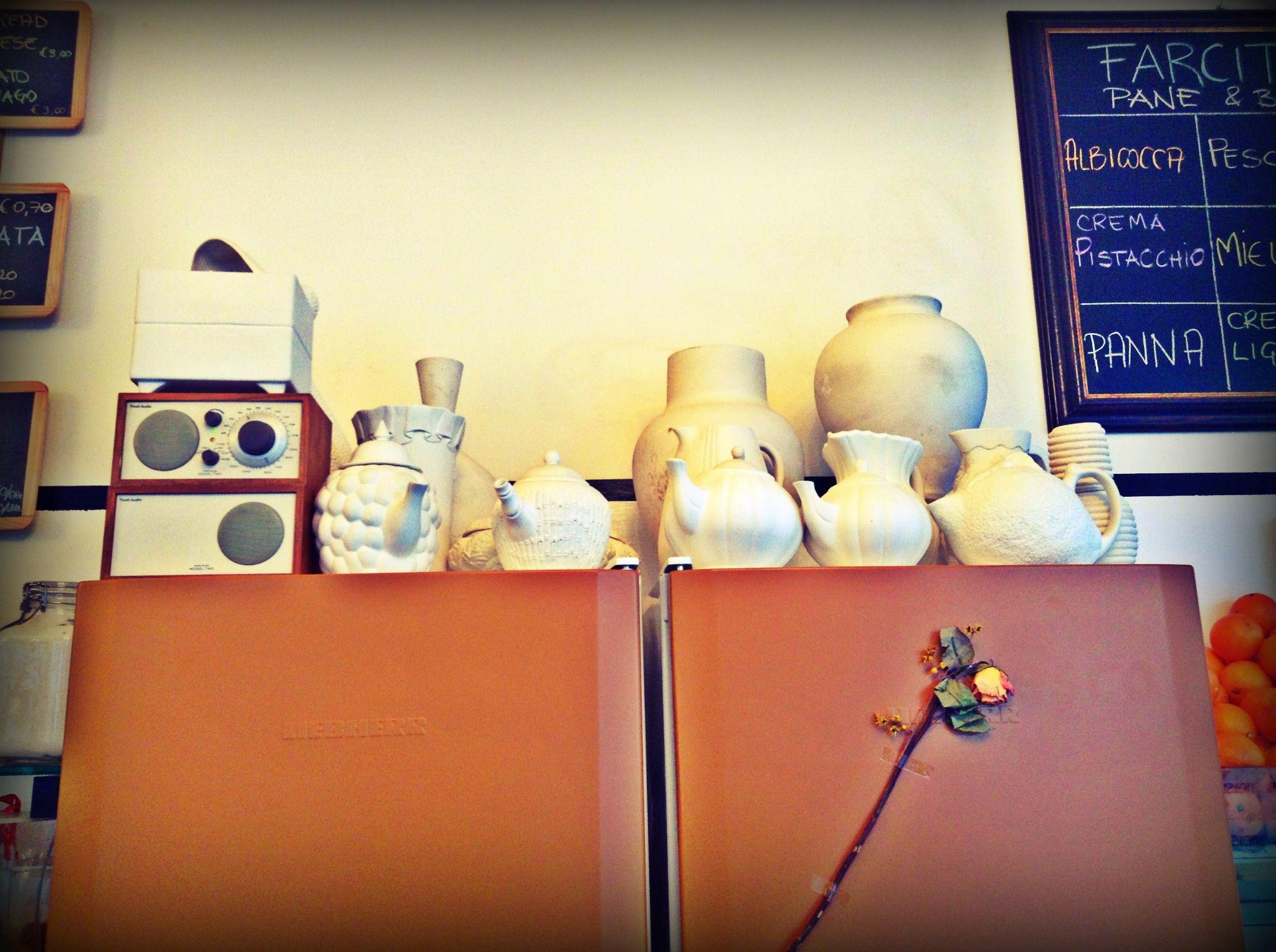 Esposizione di ceramiche della SBITARTE