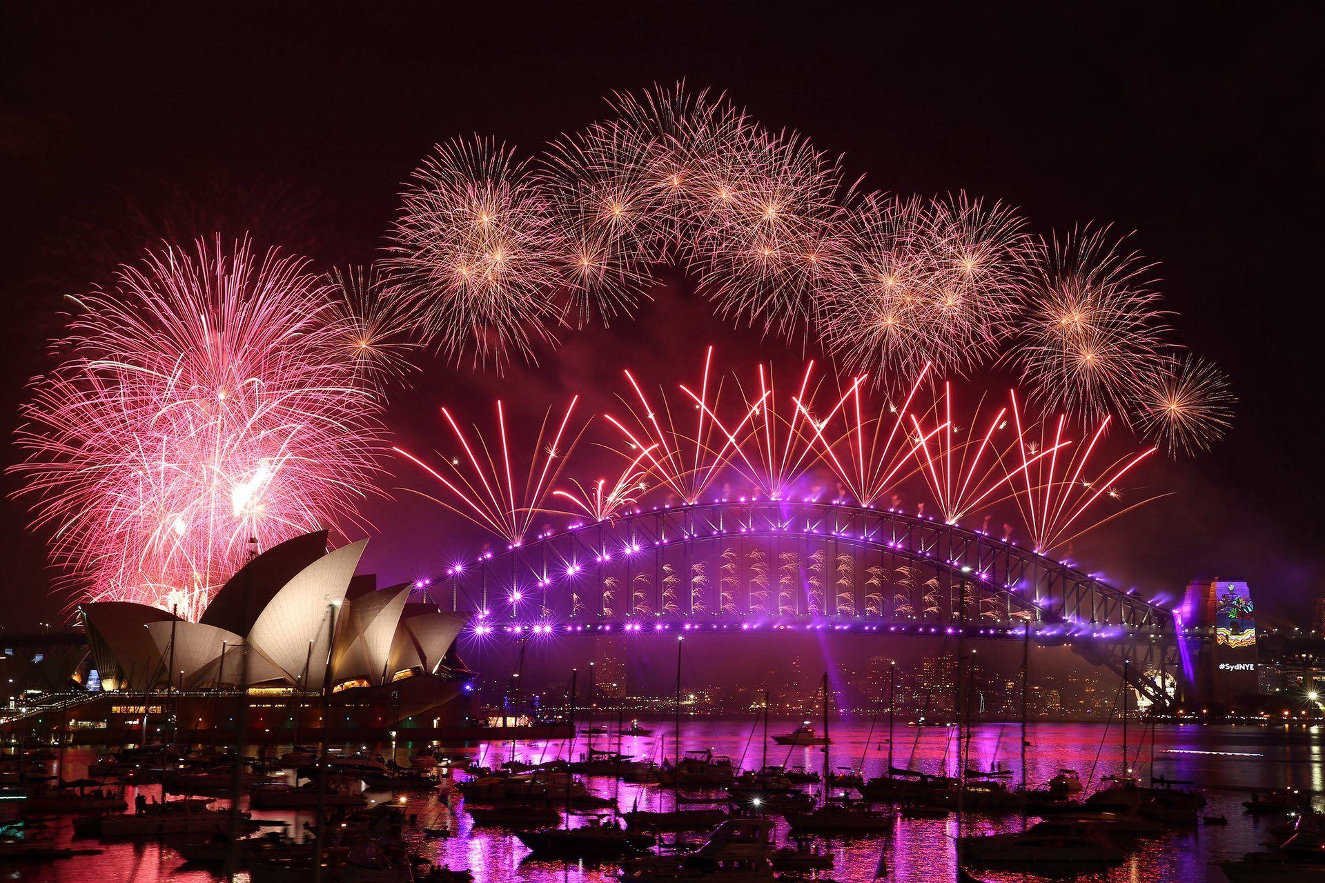 Sydney 31 Dec 2016 New Years Eve Fireworks Sydney New Years Eve New Years Eve