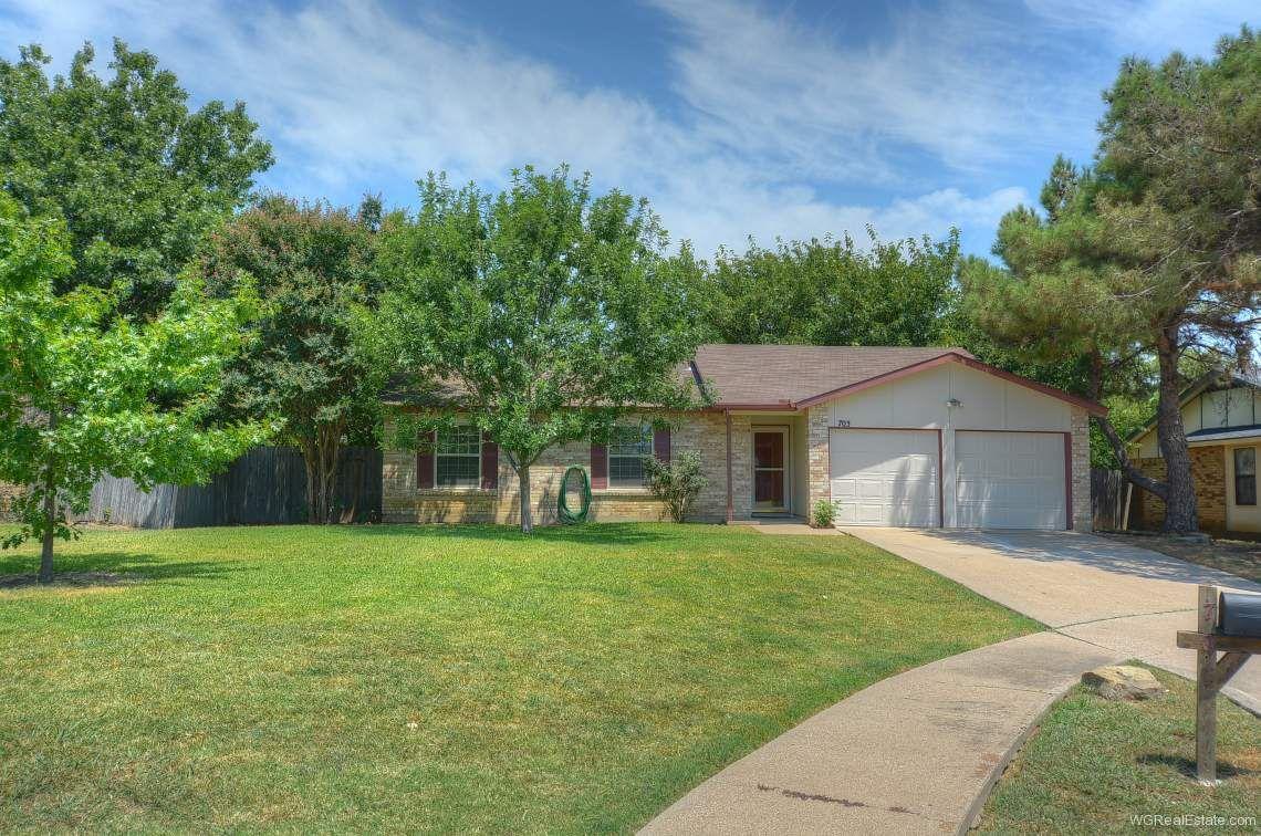 703 cavalier arlington tx home for sale foreclosed