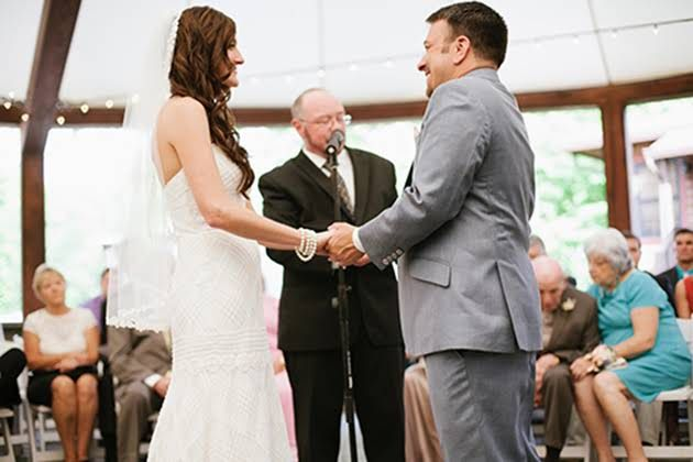 How To Find A Wedding Officiant That S Right For You Wedding Officiant Wedding Officiants