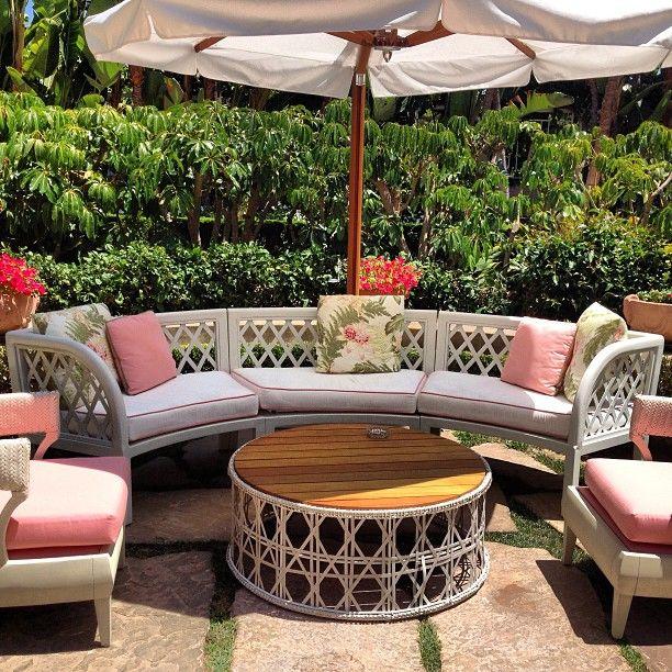 Beverly Hills Hotel Outdoor Decor, Beverly Hills Furniture