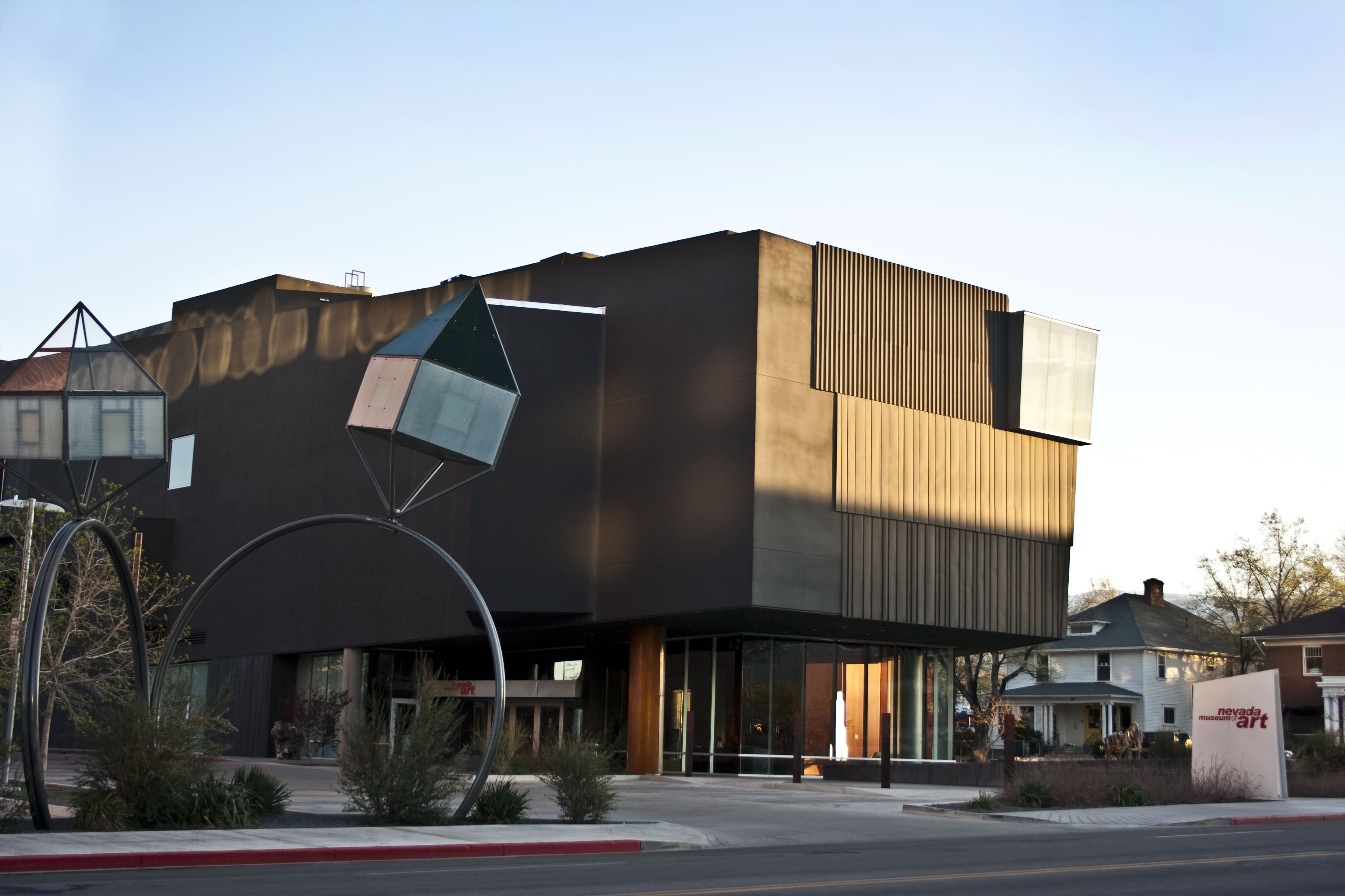 Sights The Nevada Museum Of Art You Can T Miss The Museum S New And Very Distinctive Headquarters Downtown The Four Level S Reno Nevada Truckee River Nevada