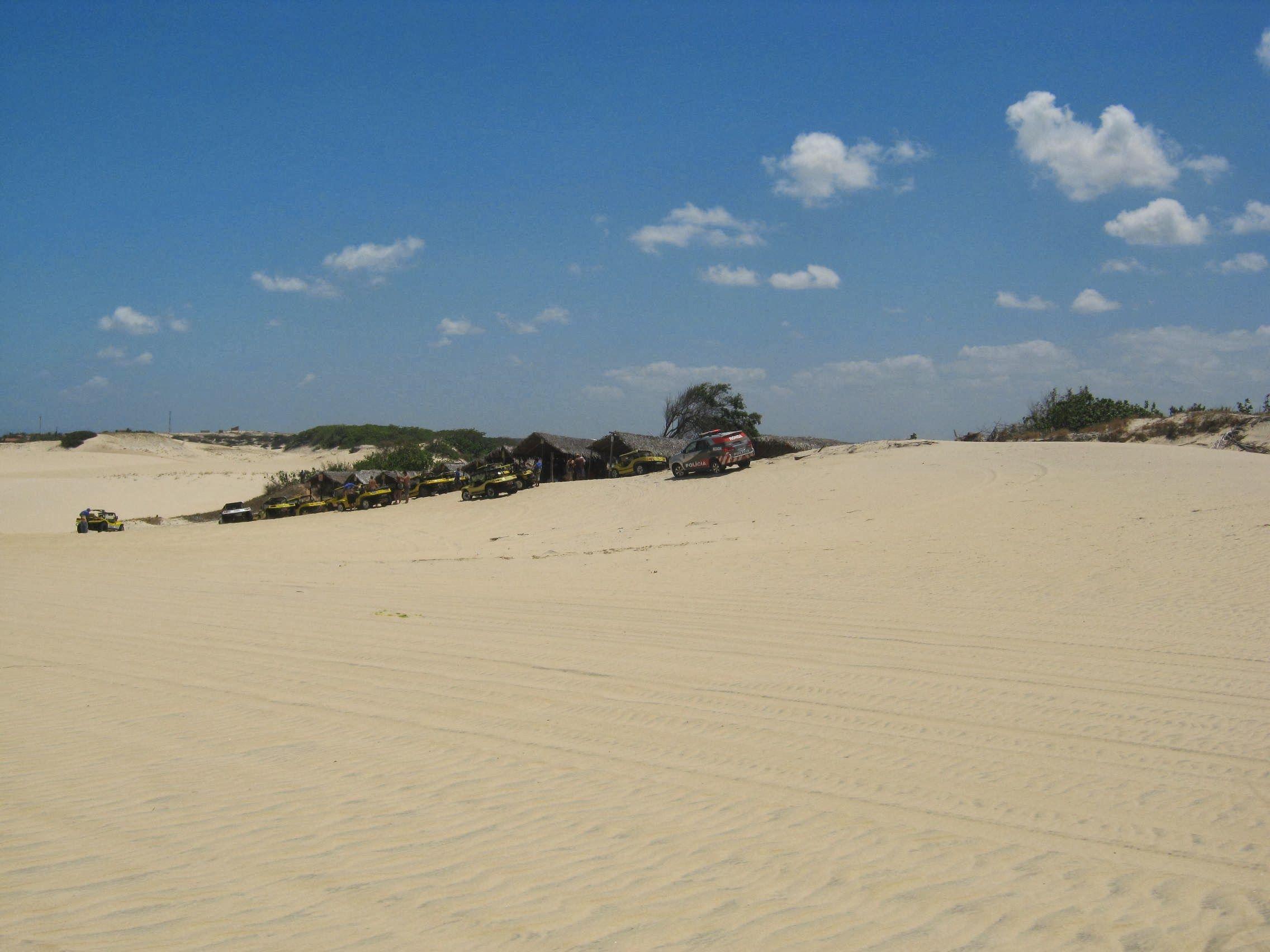 Vista do ponto de encontro dos bugueiros em Cumbuco.