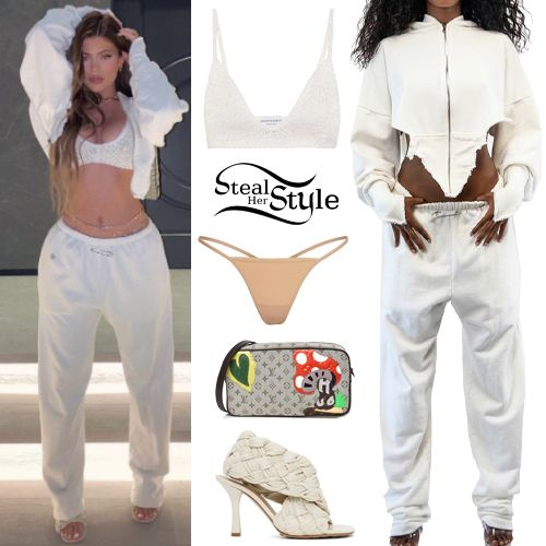 Kylie Jenner Clothes & Outfits | Page 4 of 49 | St