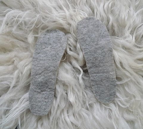 three uses for homemade felt//    something to do with shrunken wool: http://www.bellaonline.com/articles/art34743.asp