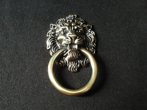 Vintage Look Drawer Pulls Rings Lion Head / Antique Brass Finish Metal  Furniture Knobs Door Knocker