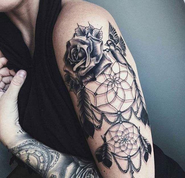 Tatouage De Femme Tatouage Attrape Reve Realiste Sur Bras