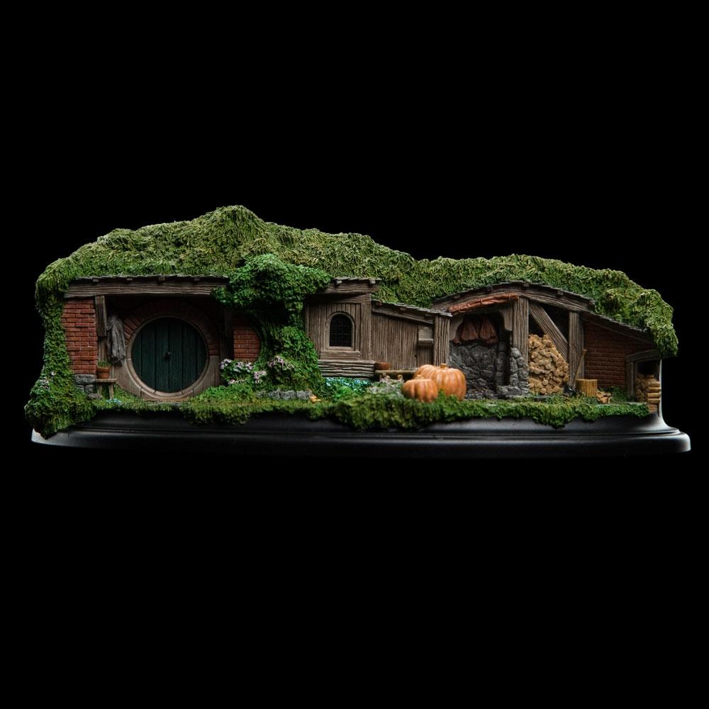 Weta Workshop 19 20 Pine Grove Hobbit Hole Hobbit Hole The Hobbit Hobbit An Unexpected Journey