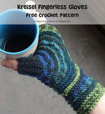 Kreisel Fingerless Gloves - Free #Crochet Pattern by Knitting and so ...