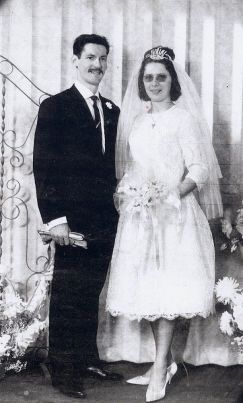 Wedding Of Roland Andres Nicole Nagel In Saint Privat La