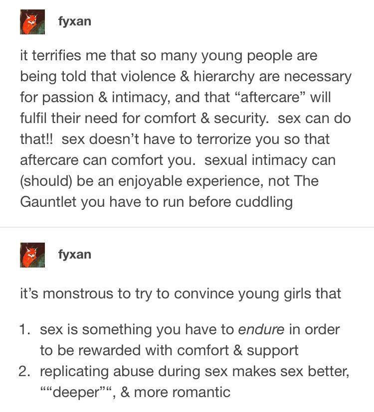 Girl has sex with a dolfin