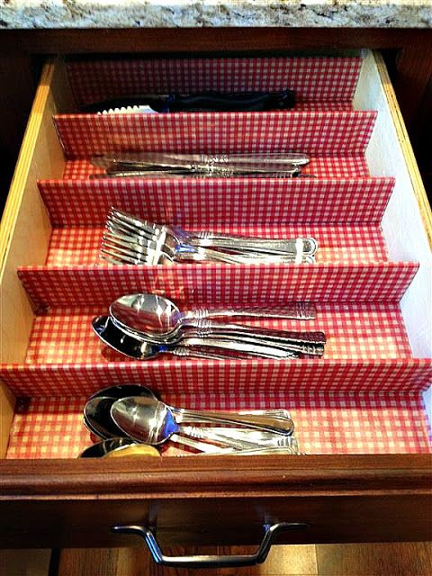 Hoosier at Heart: DIY silverware drawer. Organize your silverware. Organize your kitchen.