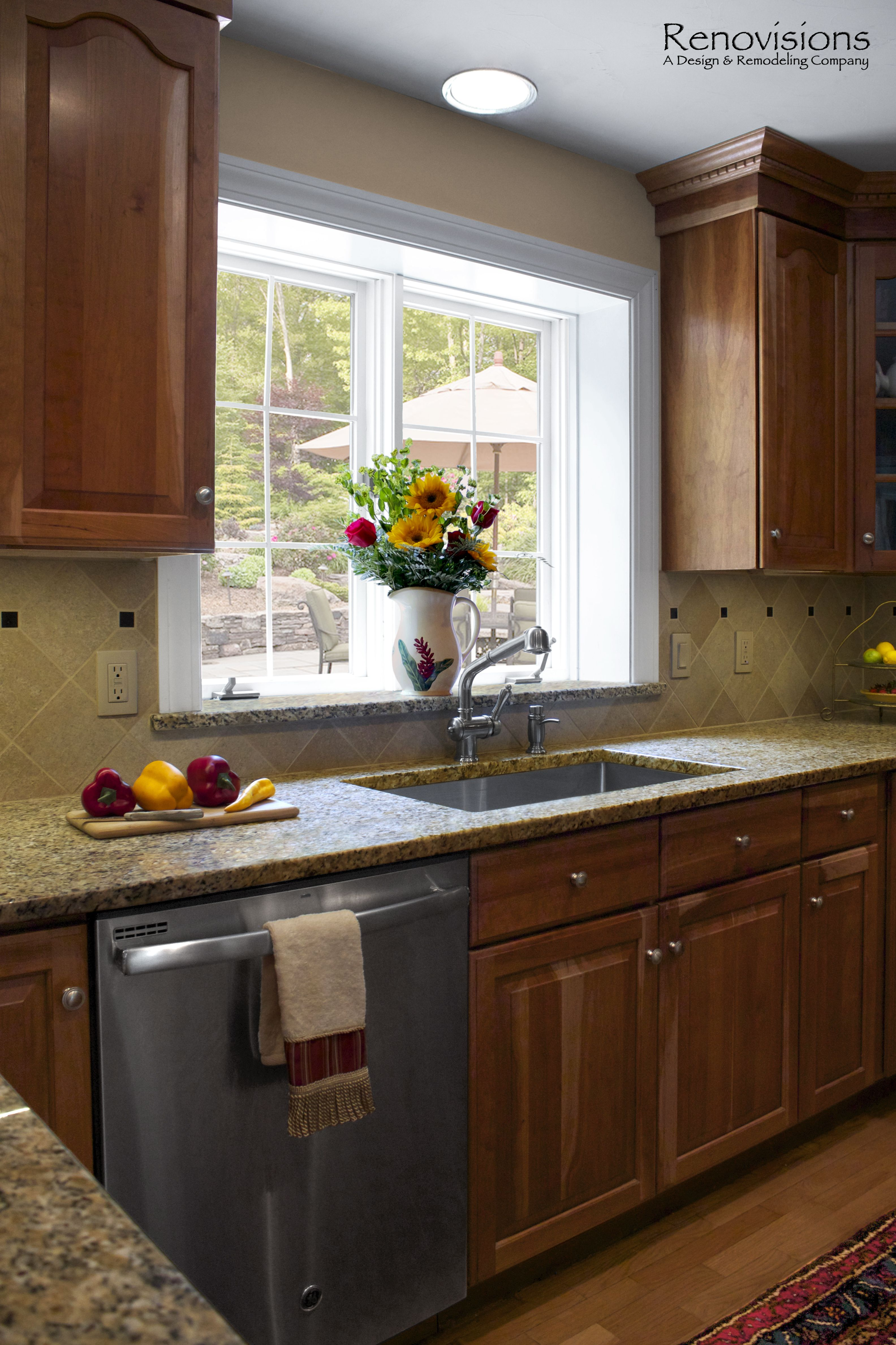 Kitchen Remodel By Renovisions Decorative Tan And Black Tile
