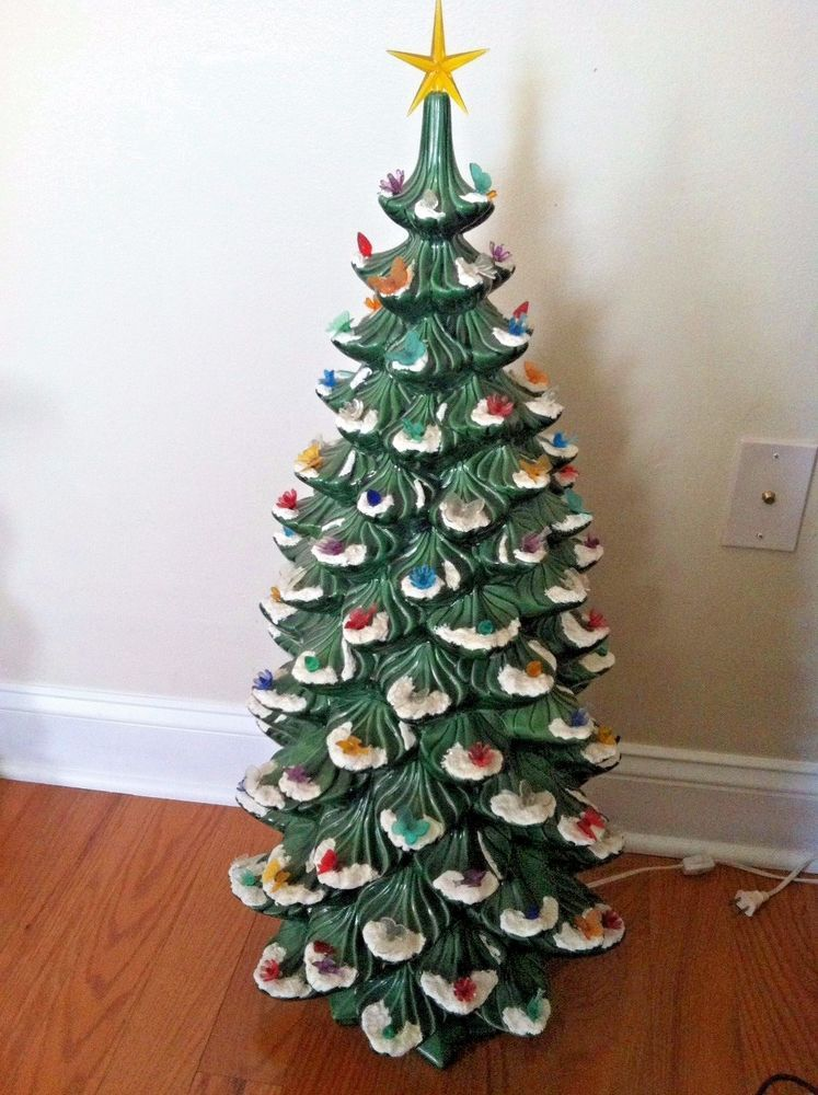 Vintage Large Atlantic Mold Ceramic Christmas Tree 35