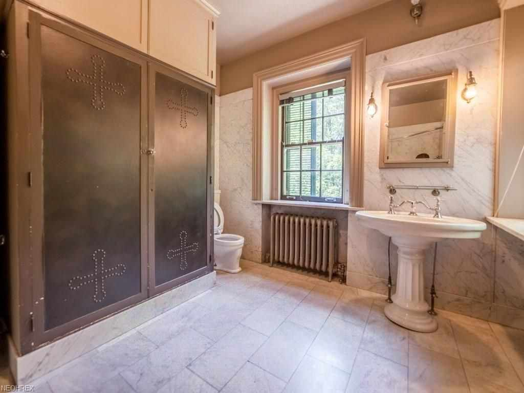 bathroom remodeling cleveland ohio. 1920 Colonial Revival Cleveland Oh $799900 Old House Unique Bathroom Remodeling Ohio Inspiration H