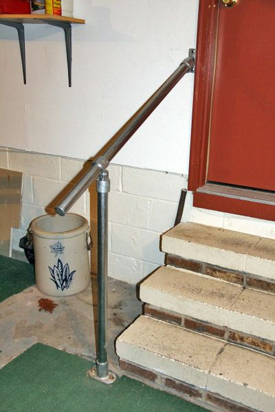 Best Railing For Concrete Steps Concrete Steps Garage Steps 400 x 300