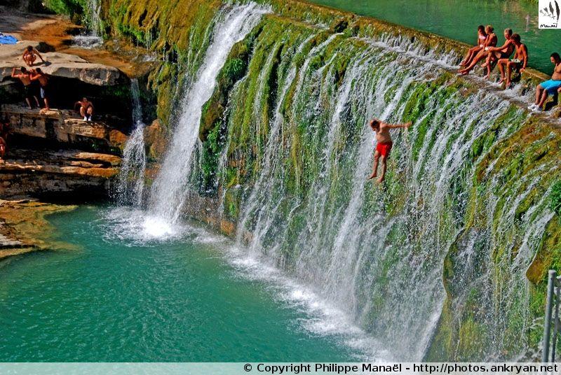 Le barrage de Bierge est un barrage de 9 mètres et fin du Canyon de la Peonera (Alquézar, Sierra de Guara).