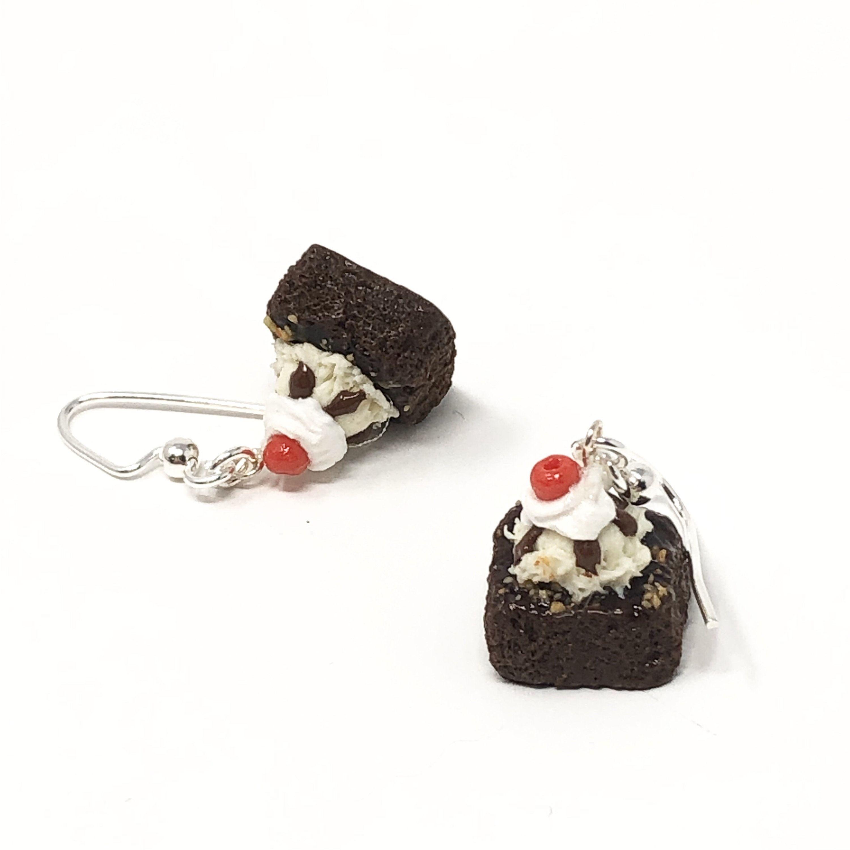 Hot fudge ice cream sundae earrings