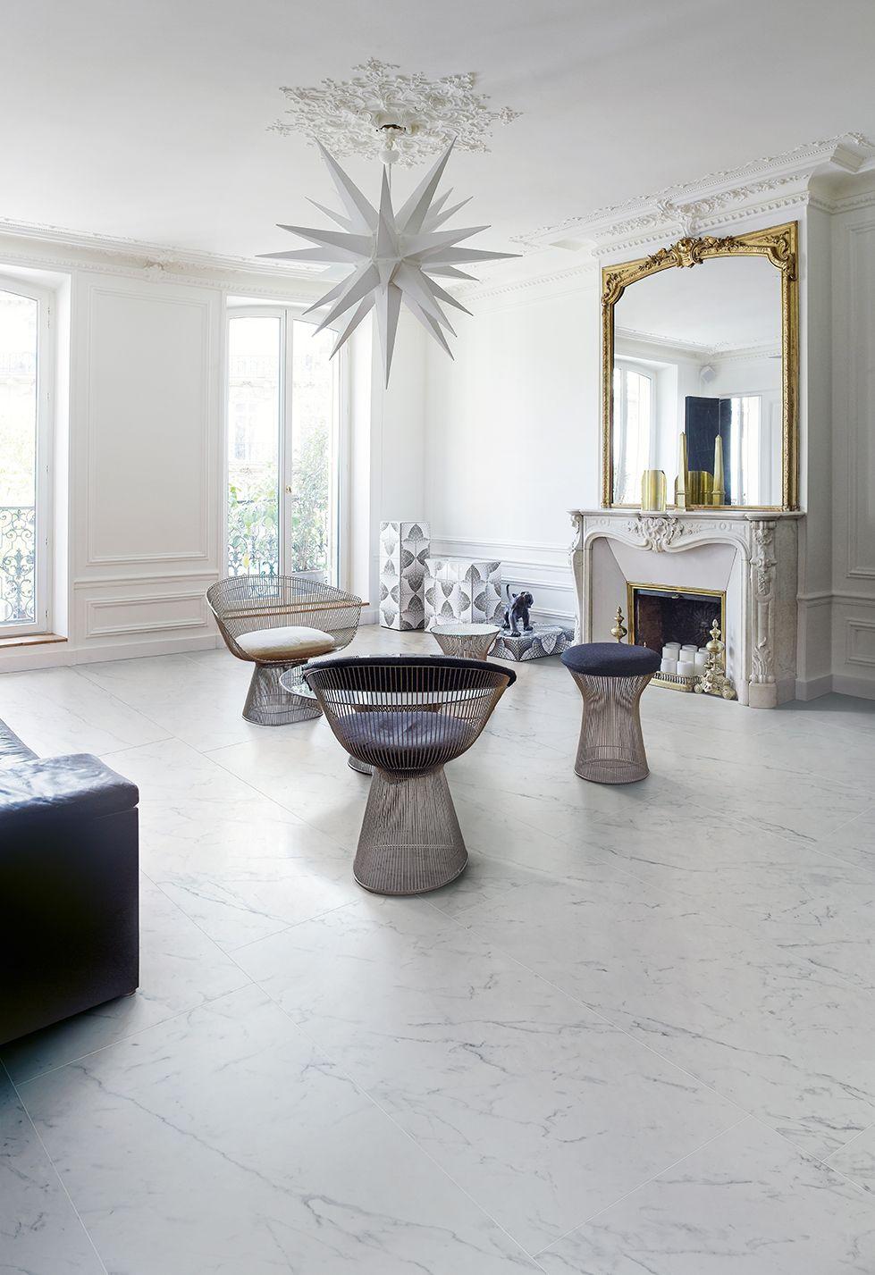 Weisse bzw, cremefarbene Granitfliesen für das Wohnzimmer ...