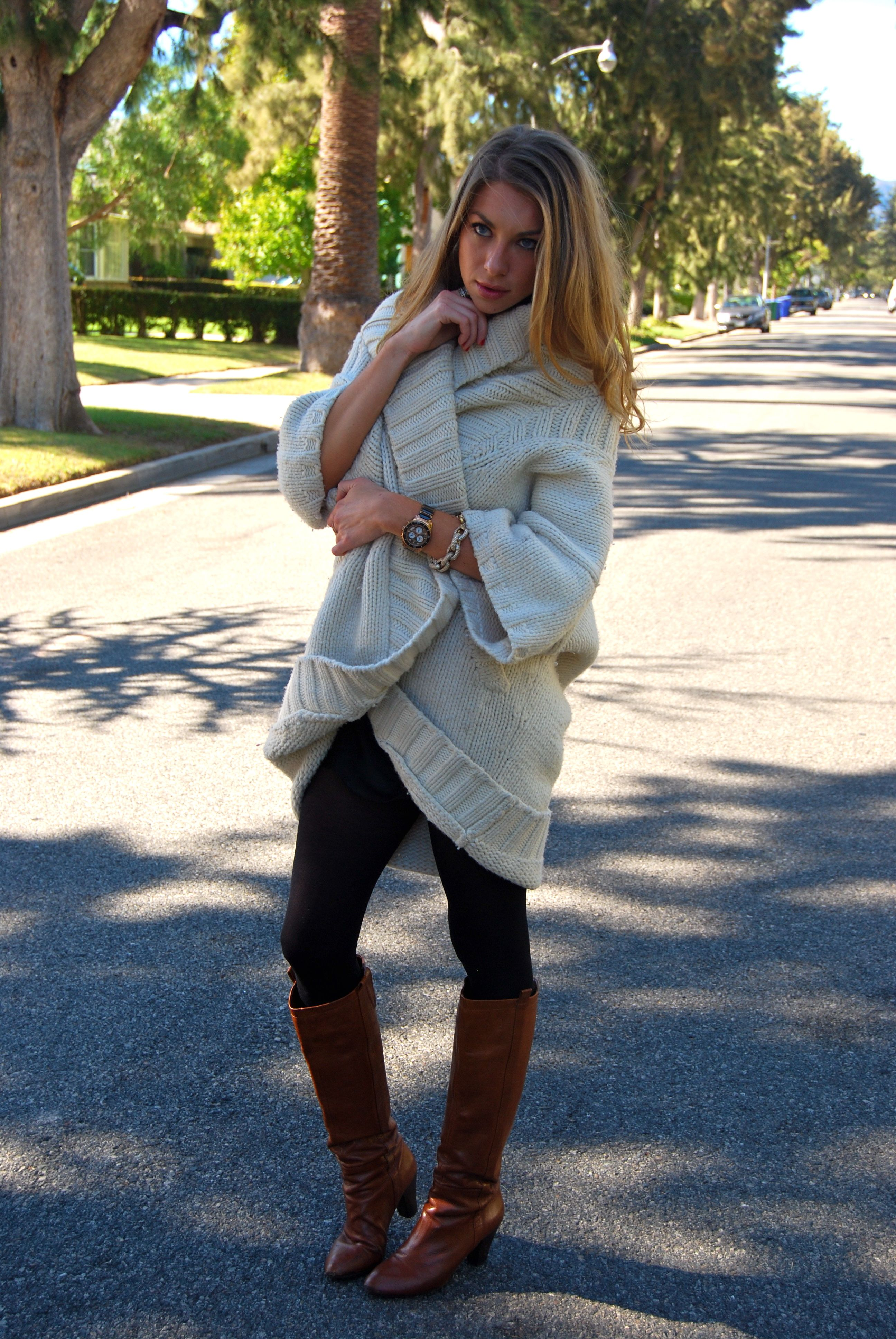 Watch - How to oversized wear sweaters pinterest video
