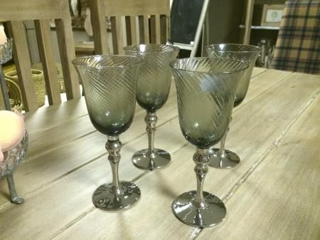 da1ca3ac3848 Www.mulberry-moon.com. Gorgeous Set of Silver Stem Wine Glasses Vino ...