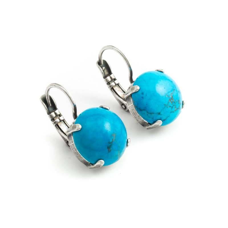 Deze schitterende blauwe oorbellen met turquoise koop je bij de leukste sieraden webshop van Nederland: Aurora Patina!