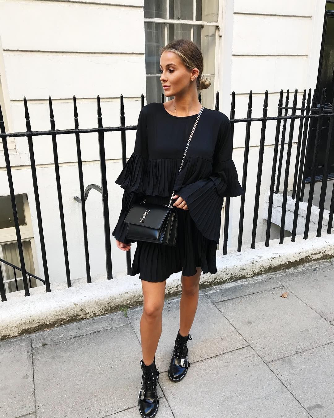 Pretty Black Dress With Chic Black Leather Handbag And Trendy Boots Fashion Black Women Fashion Casual Outfits [ 1350 x 1080 Pixel ]
