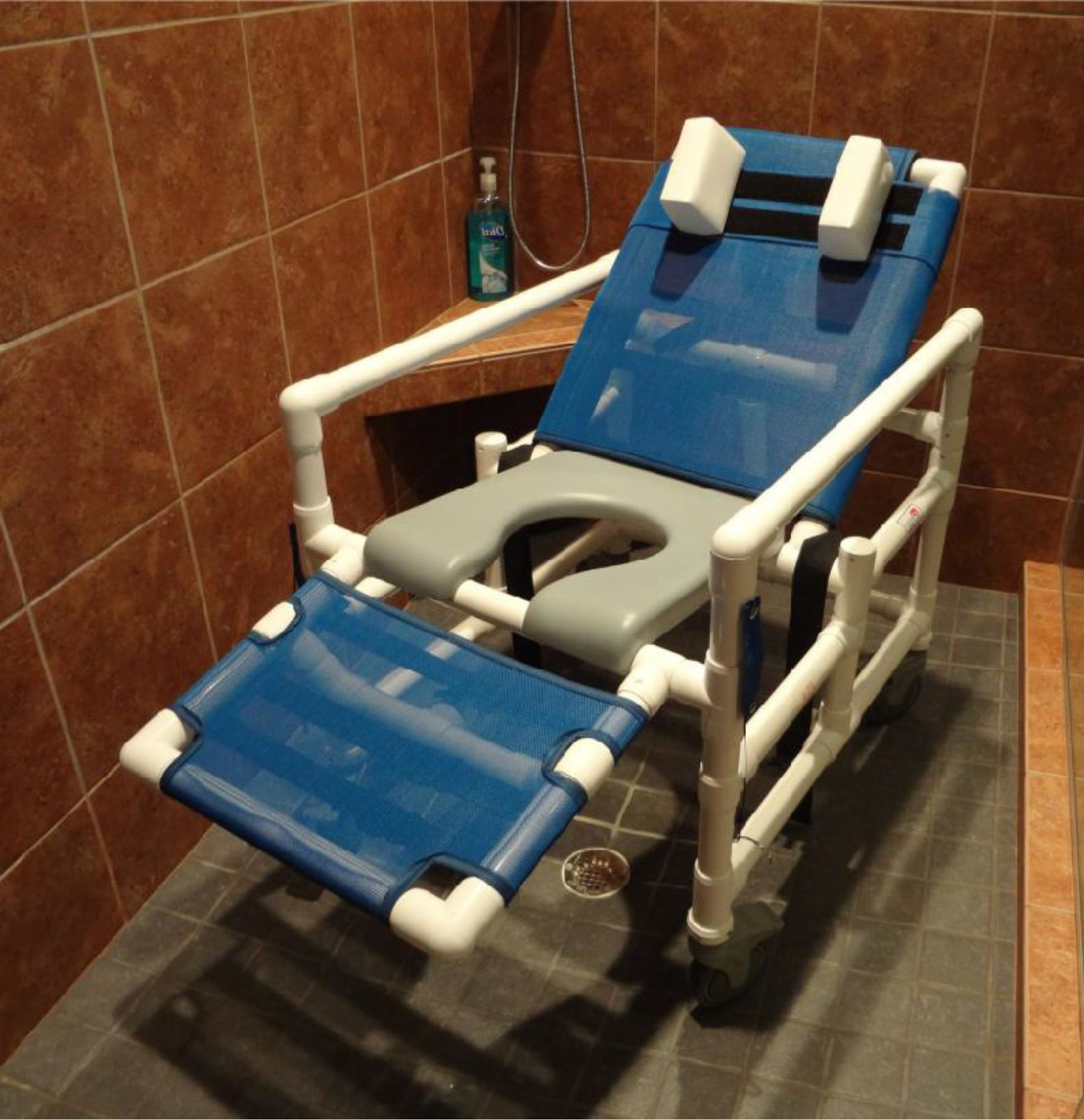 Designed for large roll-in showers the ICC Reclining Shower Chair ...