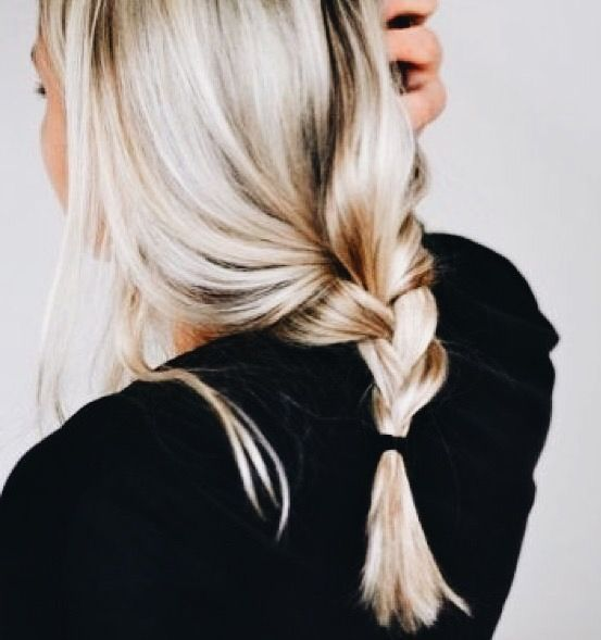 loose braid We are want to say thanks if you like to share this post to another people via your facebook, pinterest, google plus or twitter account. Right Click to save picture or tap and hold for seven second if you are using iphone or ipad. Source by : Uploaded by user #loosebraids