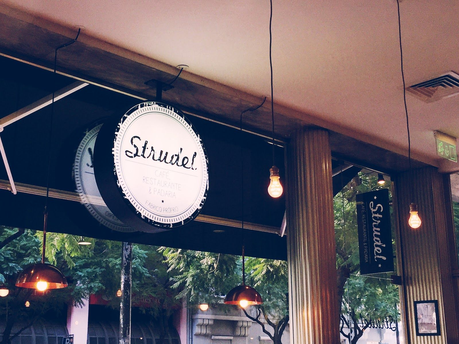 Confessions of a Shopaholic: New in town - Strudel