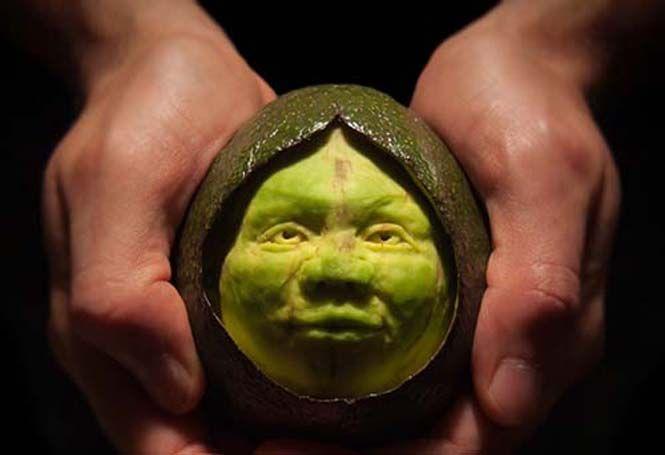 20 απίθανα γλυπτά από φρούτα και λαχανικά  > http://www.mimoupeis.gr/20-%ce%b1%cf%80%ce%af%ce%b8%ce%b1%ce%bd%ce%b1-%ce%b3%ce%bb%cf%85%cf%80%cf%84%ce%ac-%ce%b1%cf%80%cf%8c-%cf%86%cf%81%ce%bf%cf%8d%cf%84%ce%b1-%ce%ba%ce%b1%ce%b9-%ce%bb%ce%b1%cf%87%ce%b1%ce%bd%ce%b9%ce%ba/