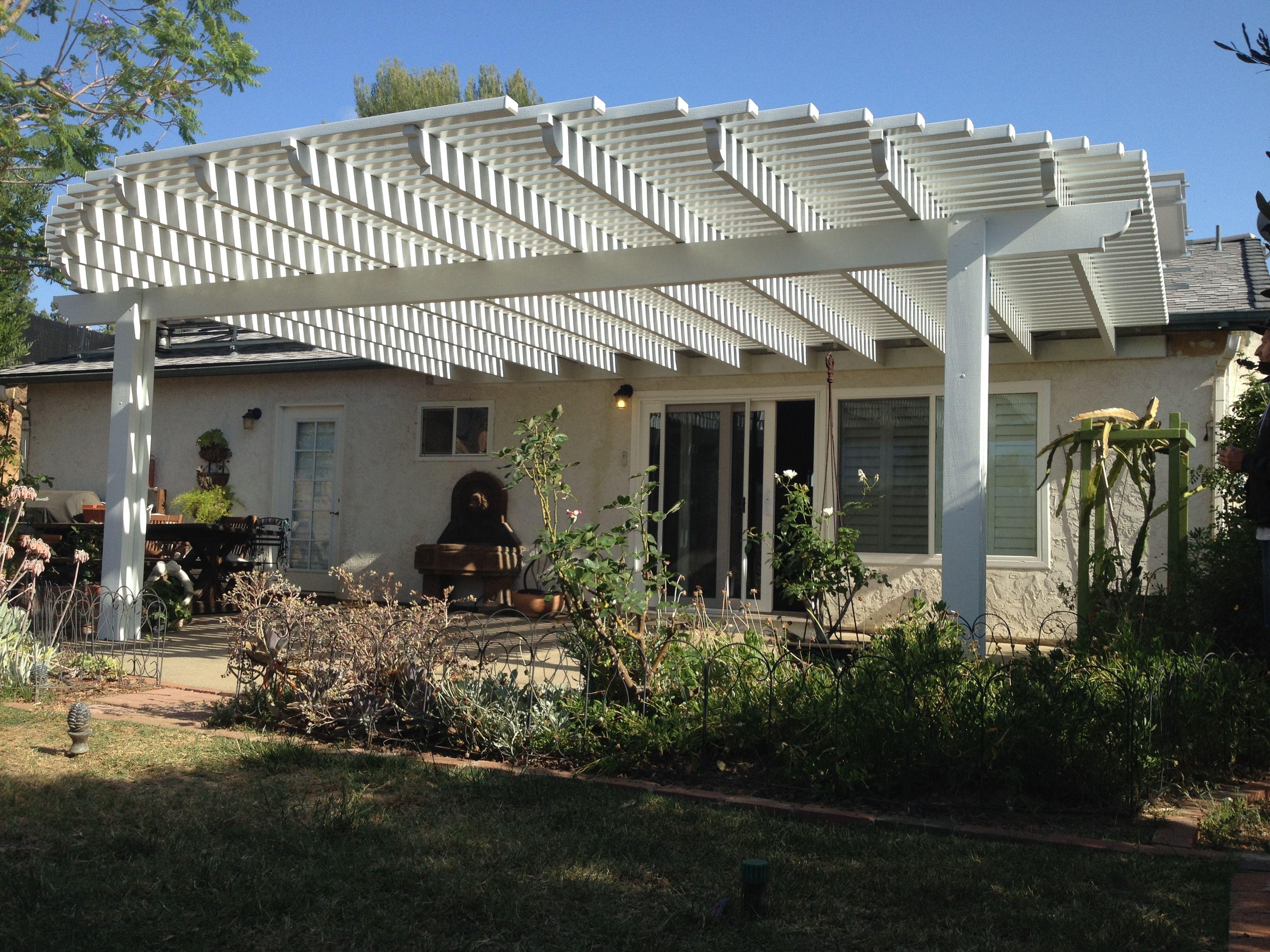 round open lattice patio cover