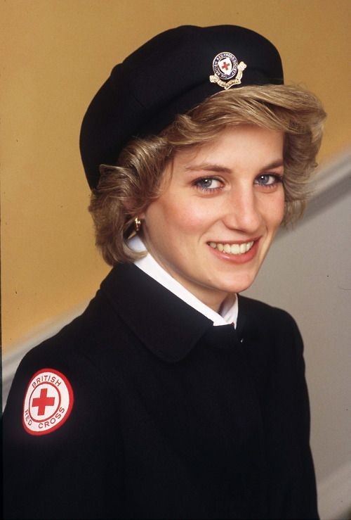 Diana was patron of the British Red Cross. She looked so cute in her uniform!