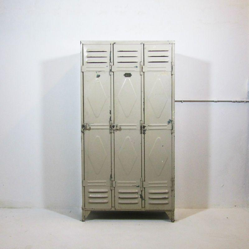 industriele vintage metalen locker lockerkast kast genageld