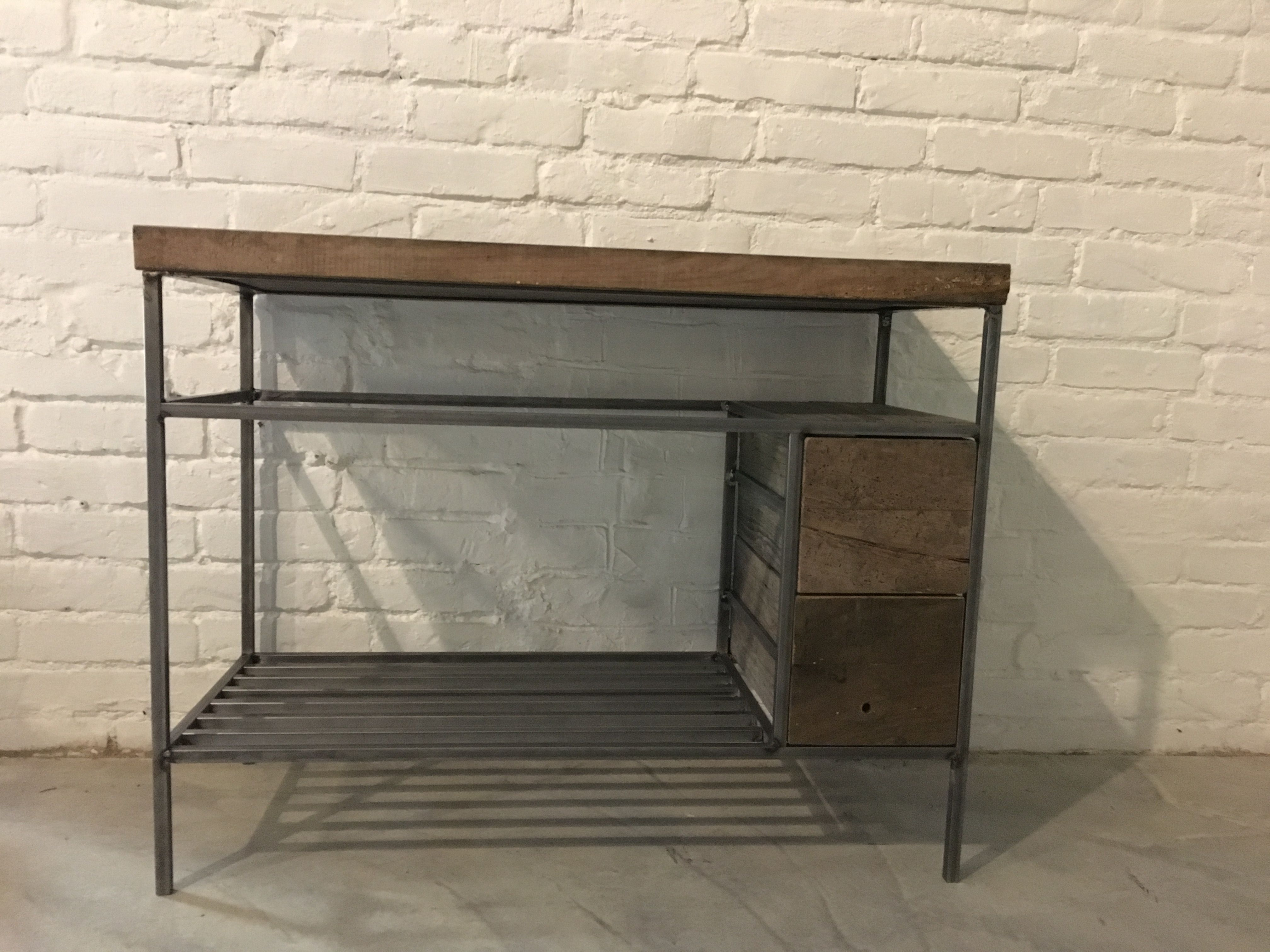 Mobili in legno antichi mobili legno vecchio tavoli in for Mobili antichi usati