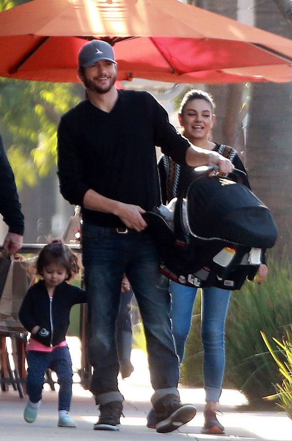 Ashton Kutcher And Mila Kunis Look