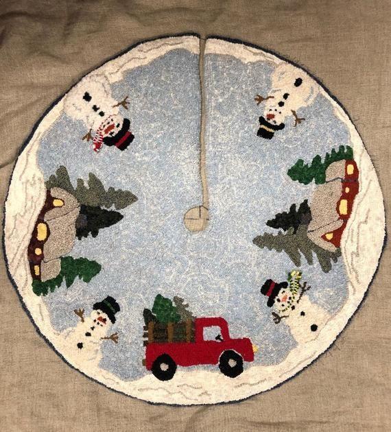Christmas Tree Rug Round
