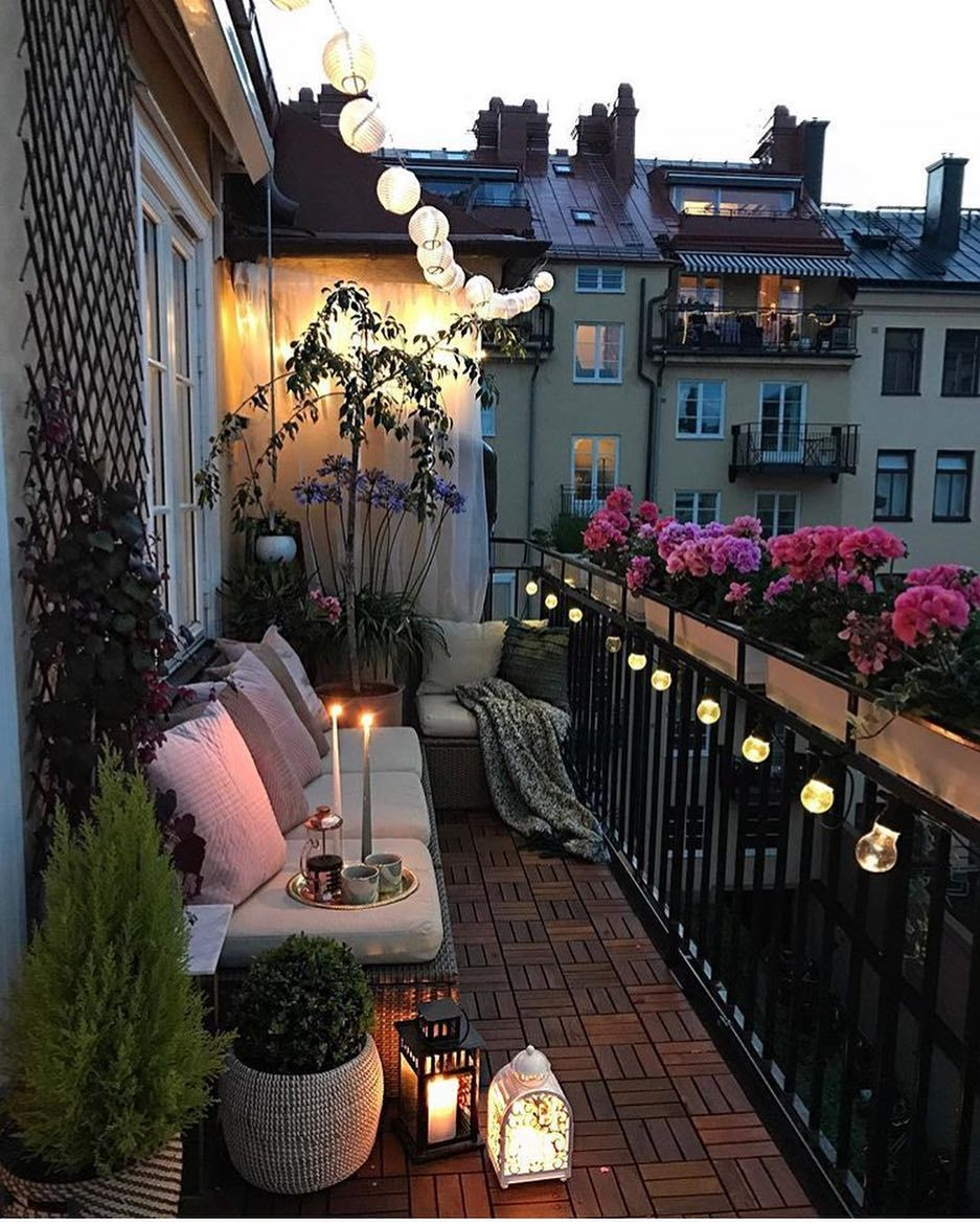 Garden Apartments: Pin By Torbicaaa On Balcony.